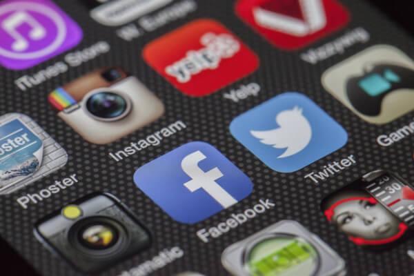 Social Media Monitoring – Warum sich Zuhören in Echzeit für dein Marketing auszahlt
